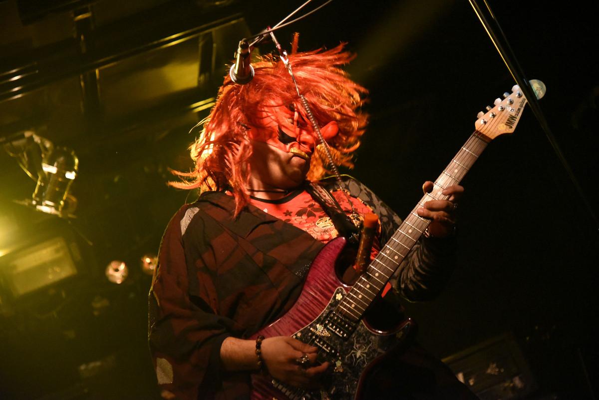 名古屋から来た2ch系メタルバンド「めんへら」